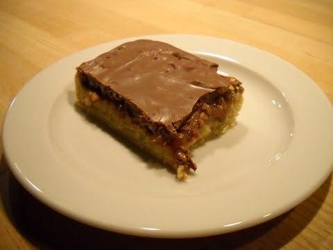 Mazarinkage med karamel og chokolade…