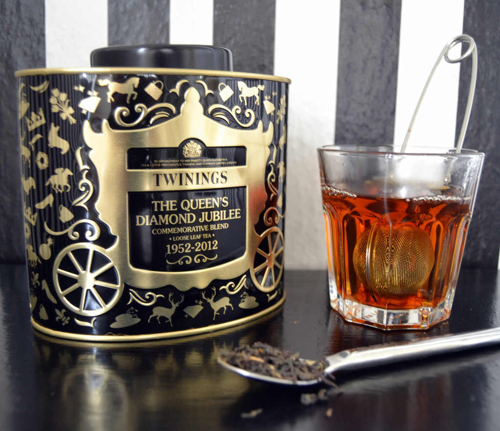 "Twinings ""Queen's Diamond Jubilee"" te…"
