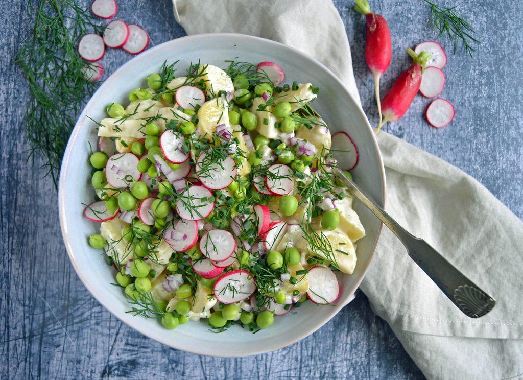 Kartoffelsalat – opskrift på kold kartoffel salat.