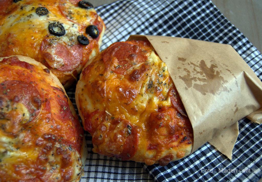 Koldhævede pizzaboller…
