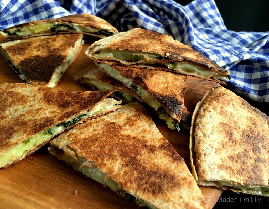 Quesadillas med spinat, kartofler og ost…