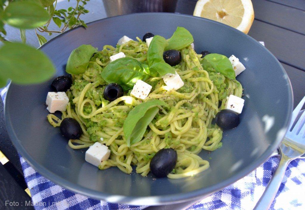 pasta med grønærte citron pesto