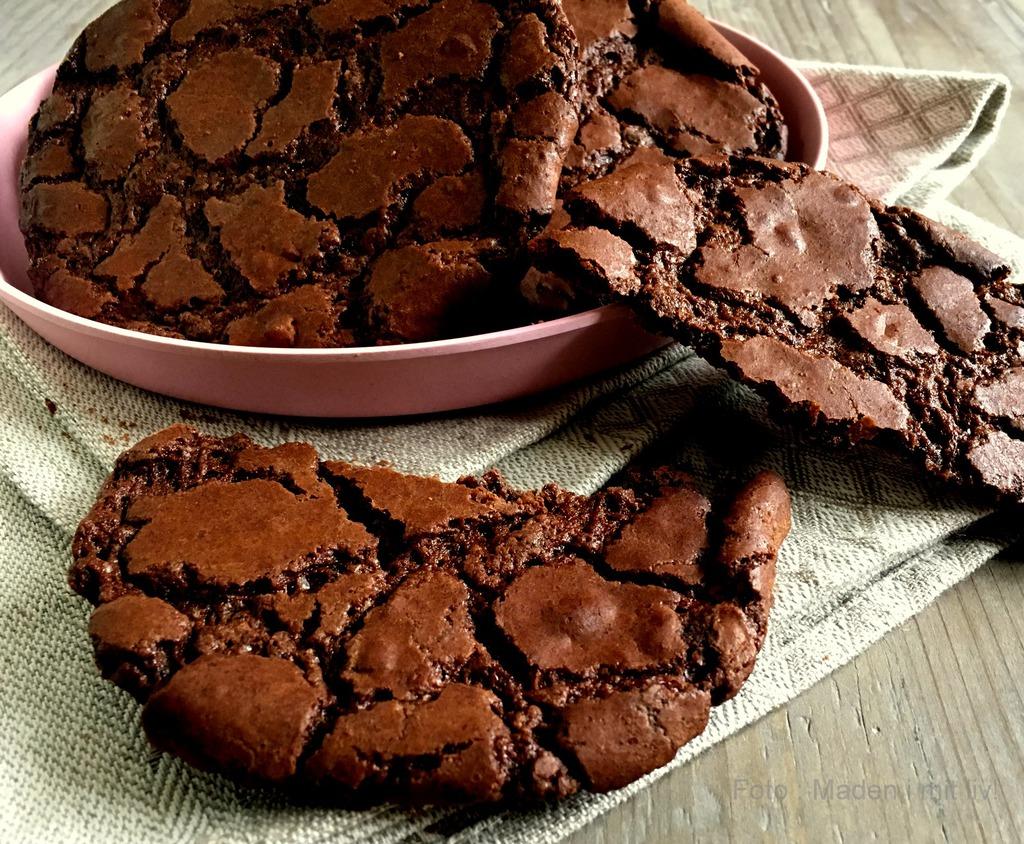 Store chokoladecookies a la brownies…