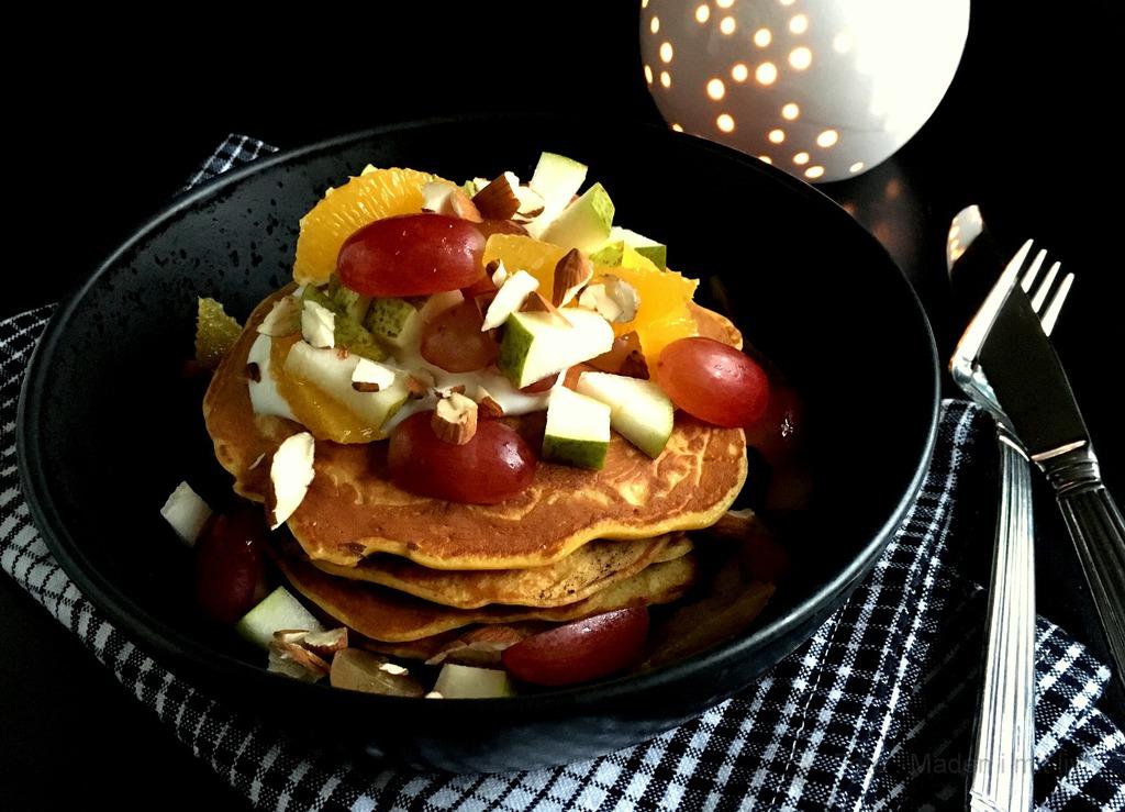 Morgenpandekager med gulerod og havregryn…