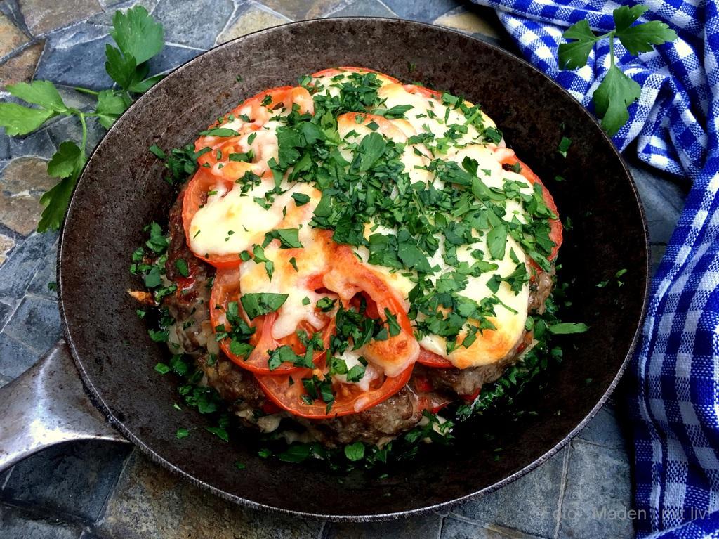 Pandebøf med ost og tomat…