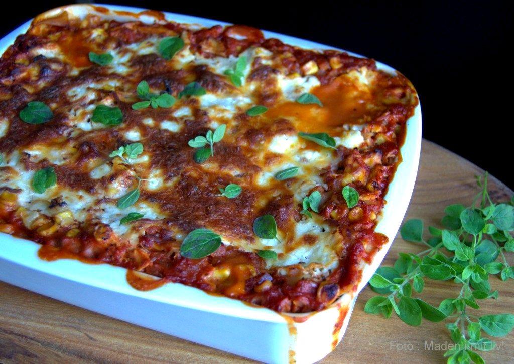 Lækker lasagne med pulled chicken og hytteost…