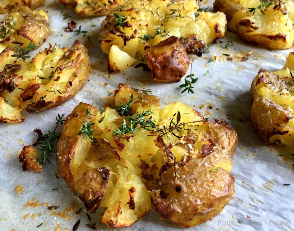 Knuste kartofler med parmesan og timian…