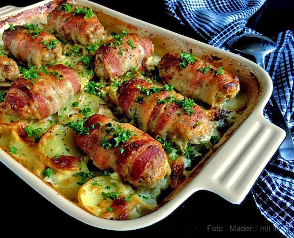 Baconruller på porre-kartoffelbund…