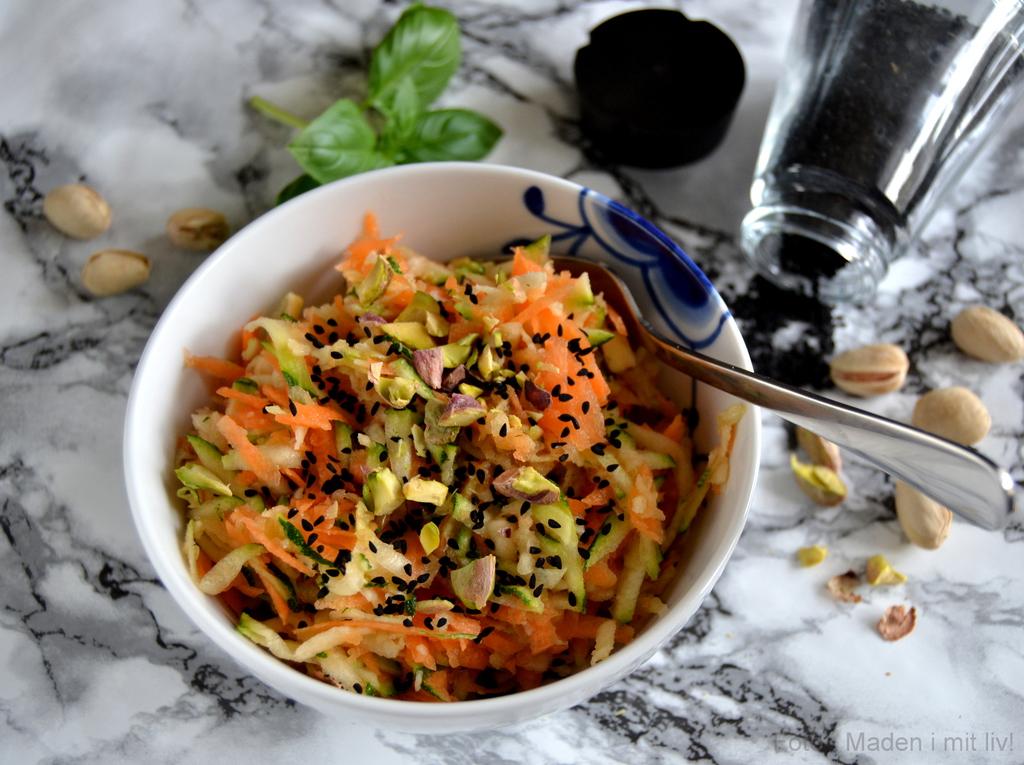 Råkostsalat med gulerod og squash…
