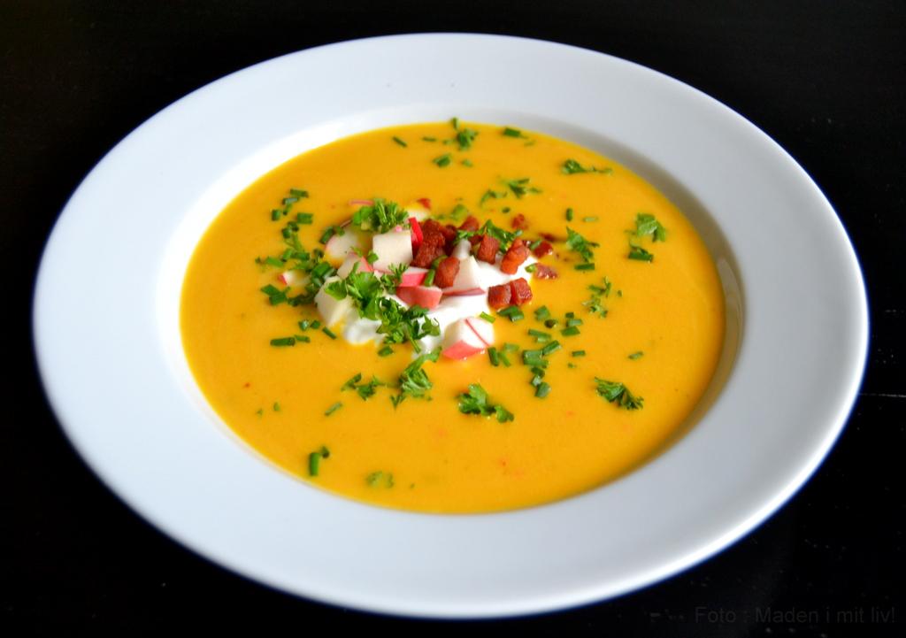 Græskarsuppe – nem opskrift med hokkaido