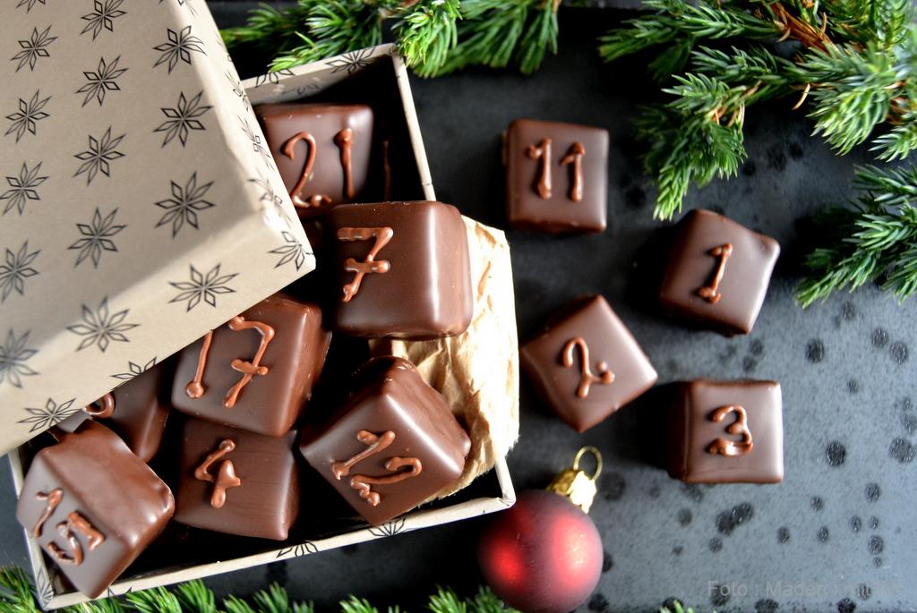 Hjemmelavet julekalender med chokolade…