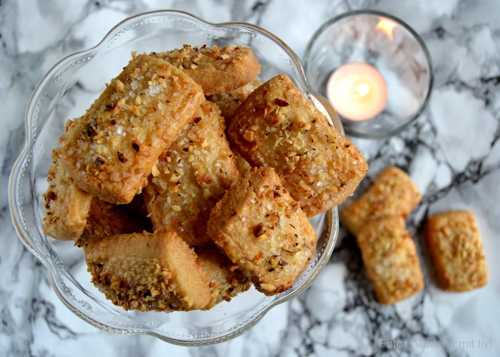 Finskbrød – nem opskrift på klassisk julesmåkage