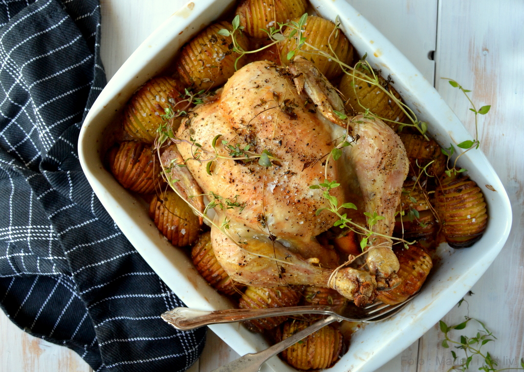 Kylling i fad med hasselback kartofler…