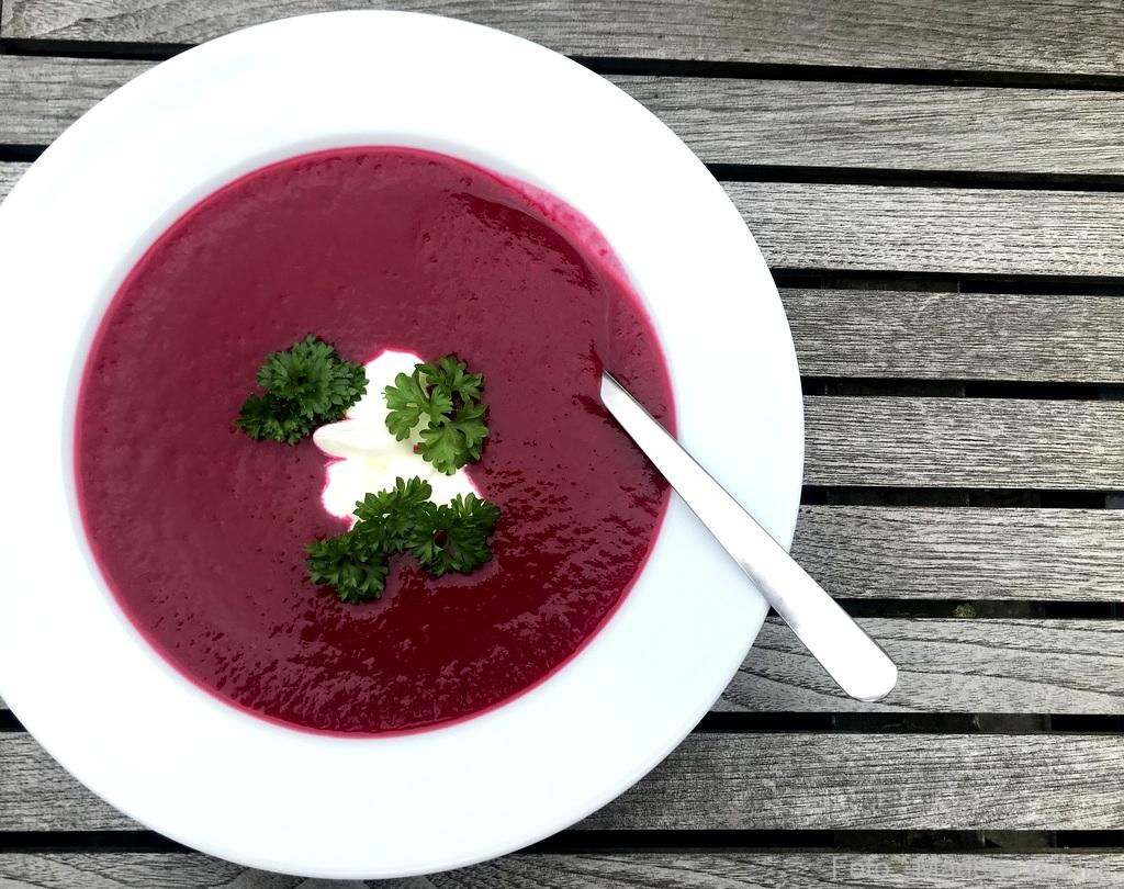 Rødbedesuppe (Borsjtj)…