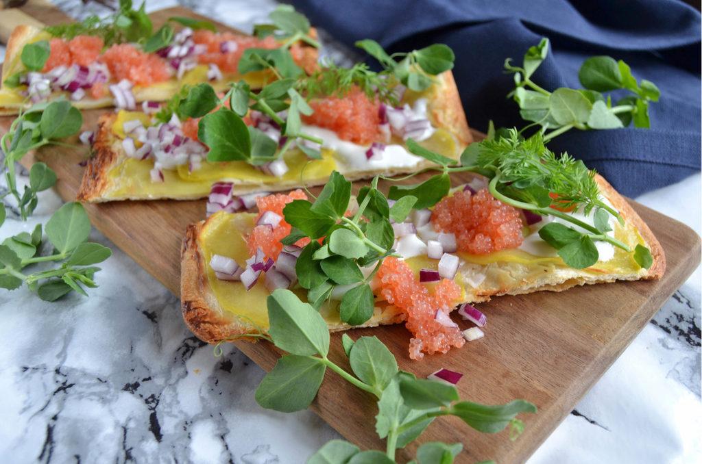 Kartoffelpizza med stenbiderrogn…
