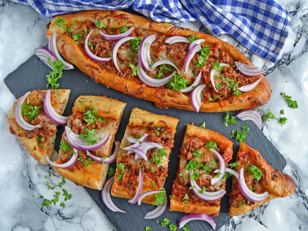 Tyrkisk pide med oksekød…