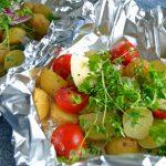 Kartofler i folie på grill eller ovn