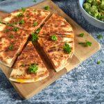 Quesadilla med skinke og ost