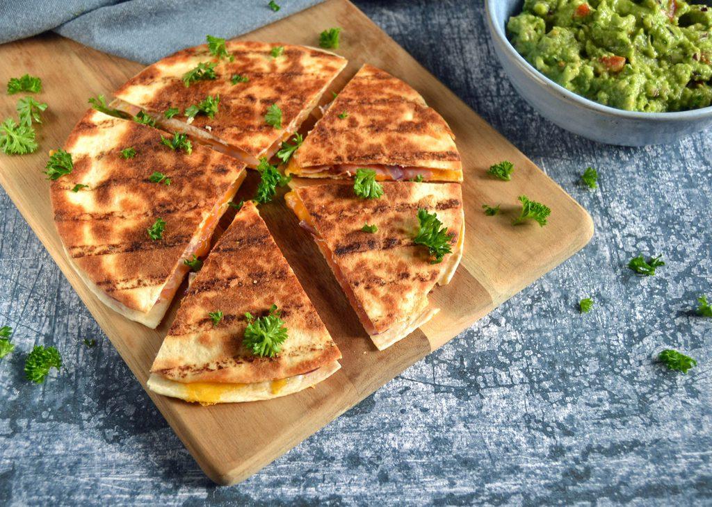 Quesadilla med skinke og ost – nem opskrift.